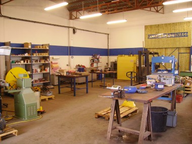 Atelier de réparation électro-mécanique